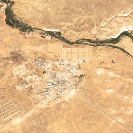 satellite view of the region around Tell Tuweiyil