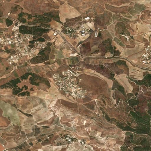 satellite view of the region around Ayun Qara