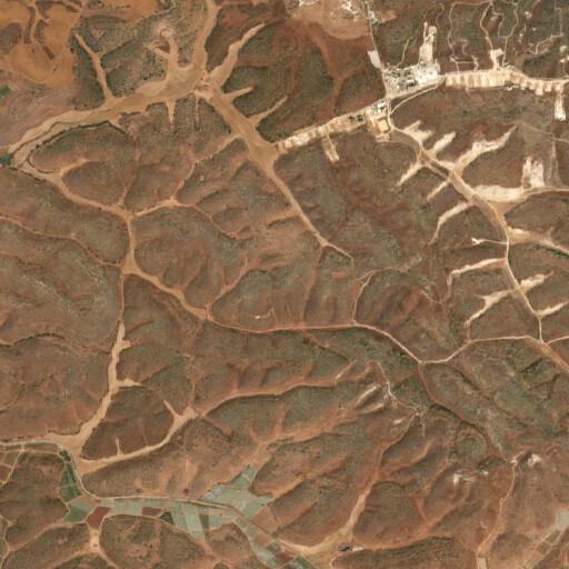 satellite view of the region around Rasm el Kushukliya