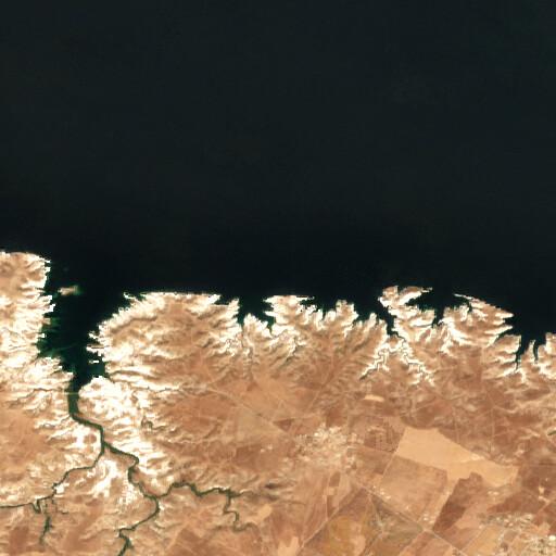satellite view of the region around Dibseh
