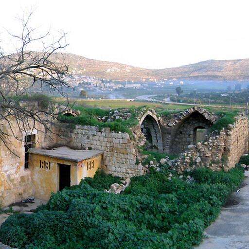 building at Khan el Lubban