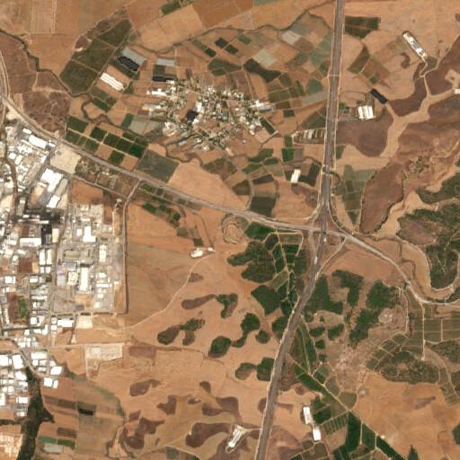 satellite view of the region around Iraq el Kharab