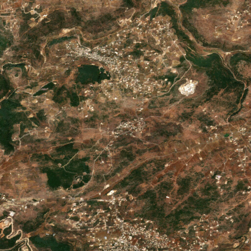 satellite view of the region around El Kauzeh