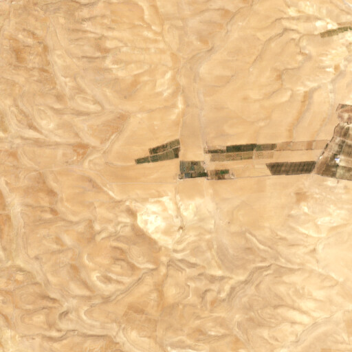 satellite view of the region around Rujm Talat az Zalma