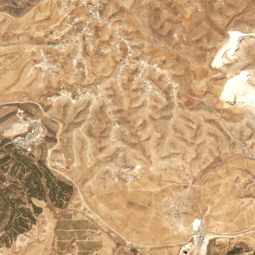 satellite view of the region around Deir al Ghawi