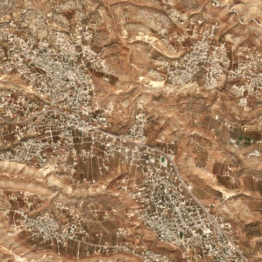 satellite view of the region around Qamm