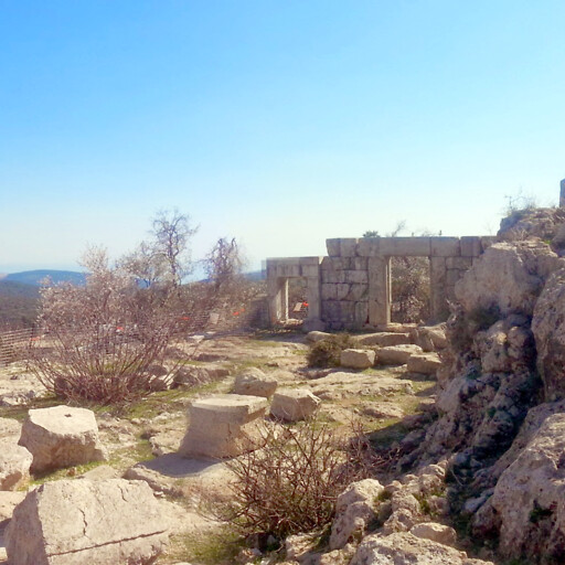 ruins at Meiron