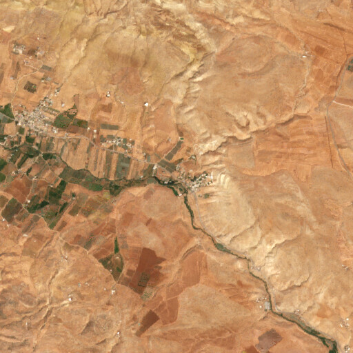 satellite view of the region around Bab en Naqb