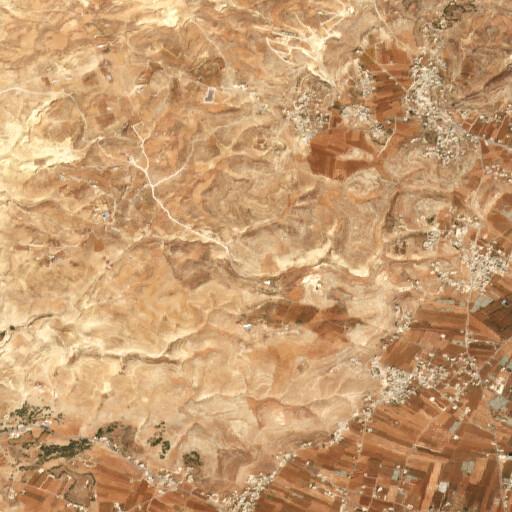 satellite view of the region around Qarn al Qubish