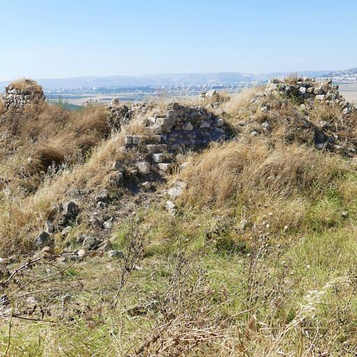ruins at Tel Yizre'el