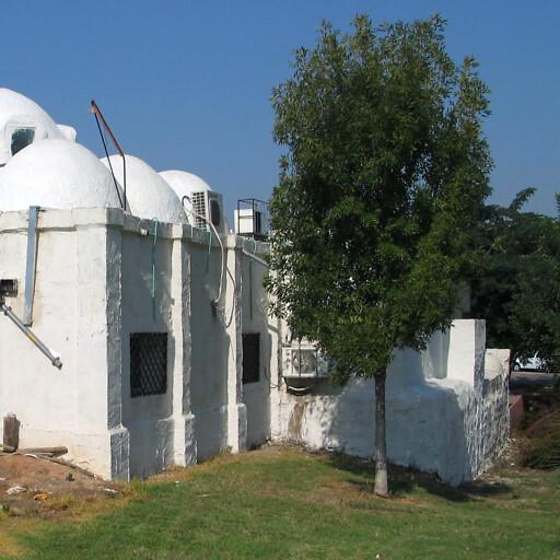 building at Yazur
