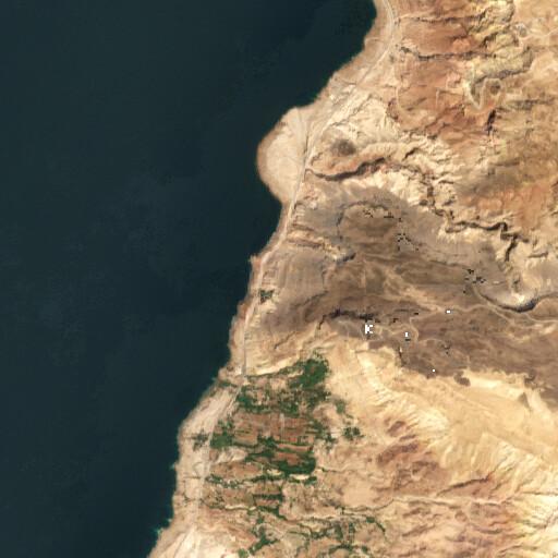 satellite view of the region around Ez Zarat